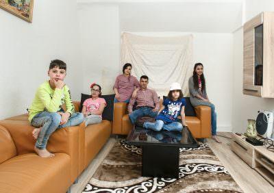 Familia hilft Familie